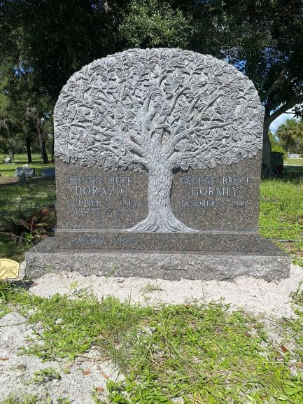 3D Tree Upright Monument