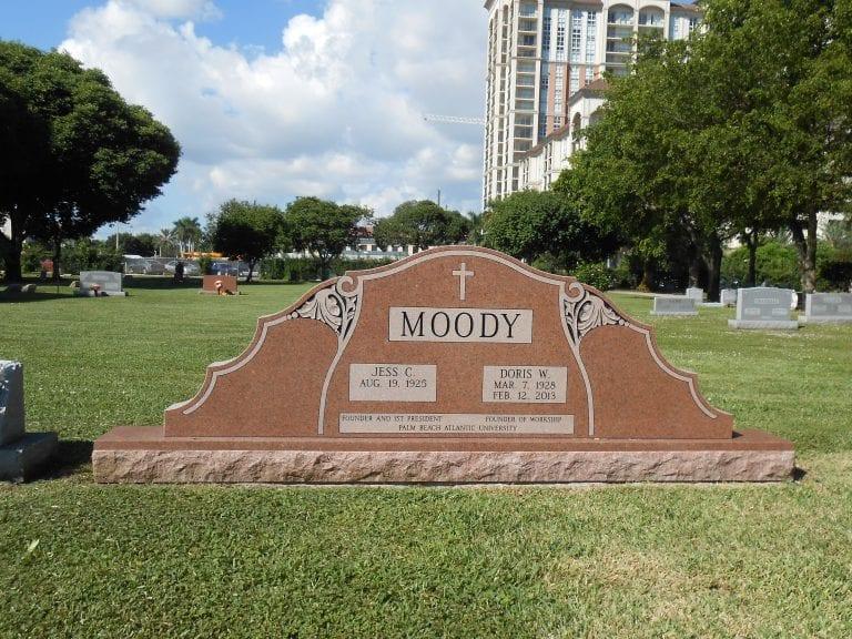 Moody Companion Upright Memorial