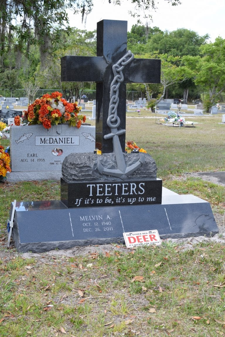 Teeters Cross Upright Memorial